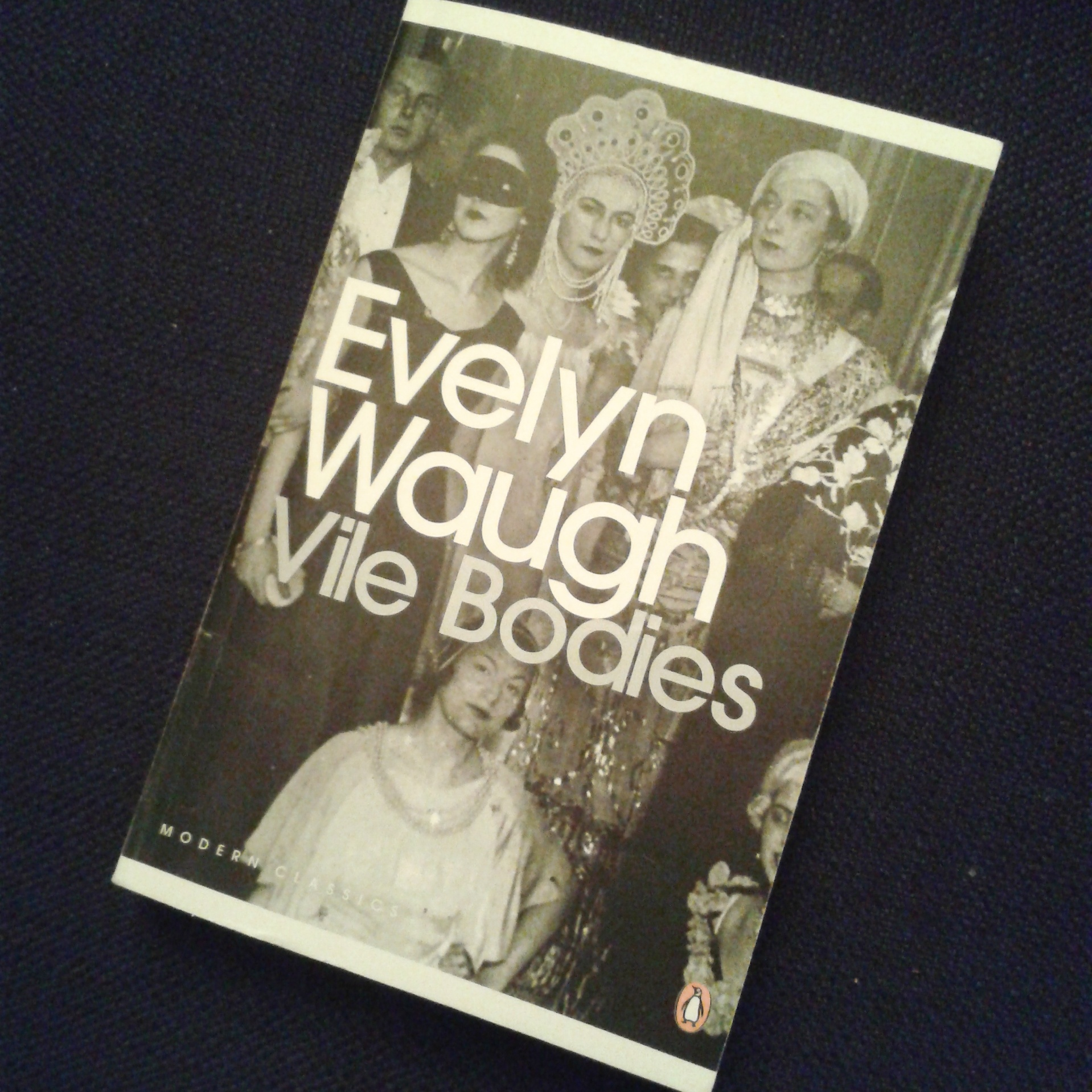 Das war #vilereaders – Vile Bodies von Evelyn Waugh
