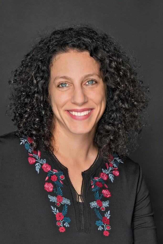 Die Bonner Autorin Laila El Omari. Foto: © Jurate Jablonskyte / Piper Verlag
